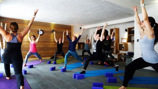 Yoga & Trekking / Adventure for 4 persons